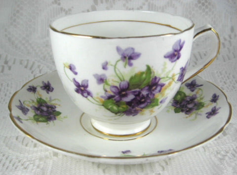 Vintage Violets English Cup And Saucer Bone China Duchess 1940s Teacup - Antiques And Teacups - 1