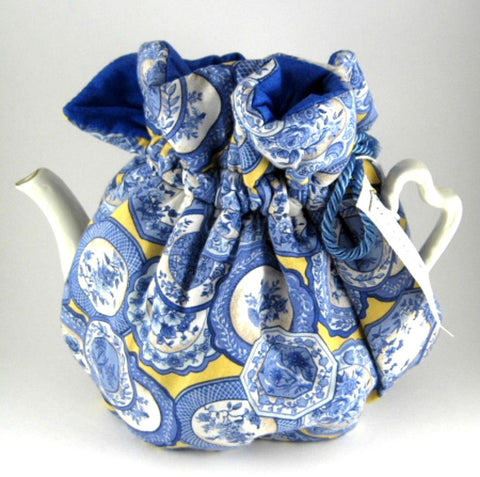 Tea Cozy Padded Blue And White Plates On Yellow Blue lining USA Handmade