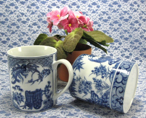 Mug Pair Design Blue And White Oriental Design Peacocks Dragons Porcelain 1980s - Antiques And Teacups - 1