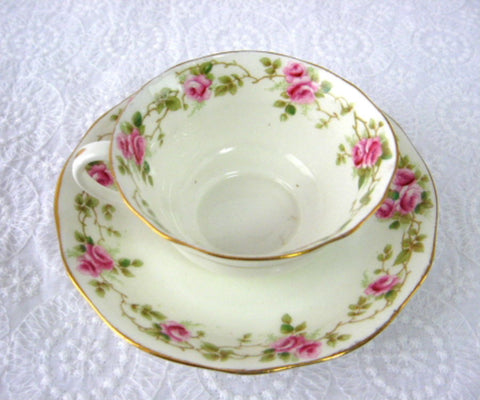 Cup And Saucer AynsleyEngland Rosebuds 1890-1894 Late Victorian Teacup - Antiques And Teacups - 1