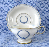 Tea Cup And Saucer Castleton USA Empire Blue Wreath Burnished Gold Trim 1950s - Antiques And Teacups - 1
