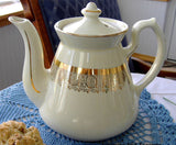 Hall Philadelphia Teapot White and Gold Large 6 Cup Standard Gold 1950s Retro Tea Pot - Antiques And Teacups - 1