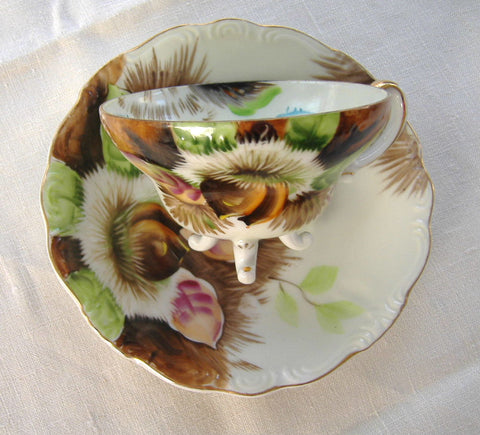 Chestnuts Cup And Saucer Three Feet Hand Painted 1920-1930s Japan - Antiques And Teacups - 1