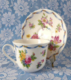 Dresden Spray Breakfast Size Cup And Saucer Roy Kirkham Flowers Floral Bone China - Antiques And Teacups - 4