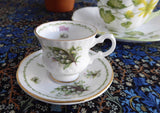 Miniature Lily Of The Valley May Cup And Saucer Queen's Bone China Mini 1970s - Antiques And Teacups - 1