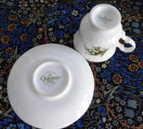Miniature Lily Of The Valley May Cup And Saucer Queen's Bone China Mini 1970s - Antiques And Teacups - 5