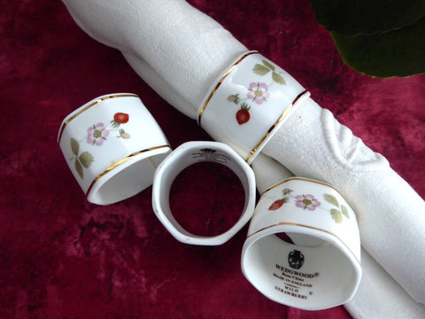 Wedgwood Wild Strawberry Napkin Rings Set Of 4 Bone China 1980s Strawberries Blossoms