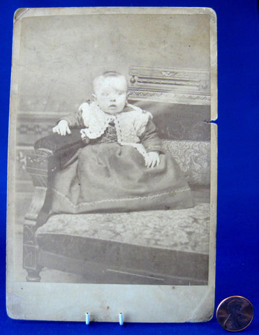 Cabinet Card Photo Scared Baby Eastlake Victorian Chair 1870s Victorian Ephemera