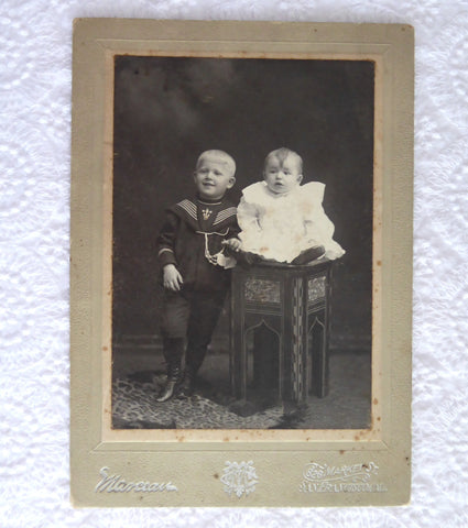 Cabinet Card Photo Pair Of Children Wisconsin 1870-1880s Mid Victorian Ephemera