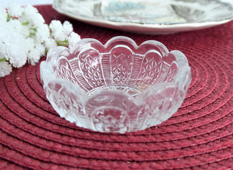 Open Salt Antique Waffle Zipper Scalloped Canada 1900 Pretty Pattern