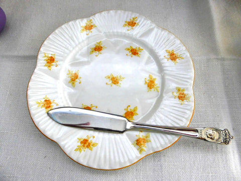 Rare Plate Shelley Yellow Rosebud Dainty Chintz Bread Cake 1930s Tea Party 6 Inch