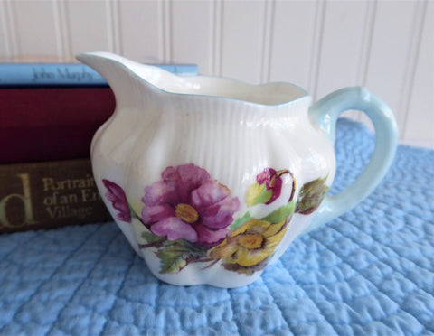 Shelley England Begonia Cream Dainty Shape Creamer Milk Vintage Blue Trim