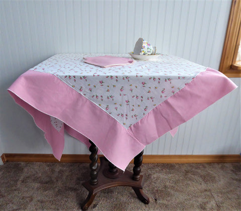 Tablecloth Pink Rosebuds 44 Inches Square Tea Cloth 1940s With 4 Pink Napkins