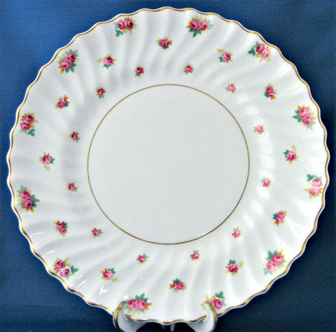 Royal Doulton Rosebud Dinner Plate Rosebuds 1940s 10.5 Inch Romantic
