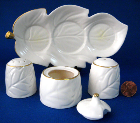 Carlton Ware Cruet Set Leaf Shape 5 Piece Condiment Set Slight Damage 1930s