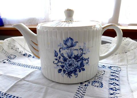 Teapot Blue And White Floral 1950s Ellgreave England Large Tea Pot