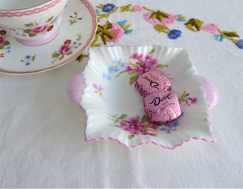 Shelley Dainty Stocks Bowl Sweetmeat Bon Bon Teabag Holder 1950s Pink Trim