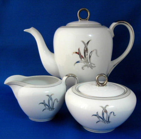 Tea Set 3 Piece 1950s Wheat Tea Pot Cream Sugar Craftsman Paragon Japan