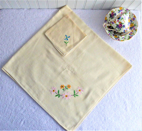 Embroidered Tea Cloth Tablecloth Pale Yellow England 30 Inch 1 Napkin Tea Party 1950s