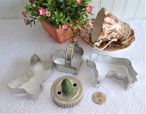 Tin Cookie Cutters Biscuit Nickel Vintage Set Of 4 Butterfly Cow Heart Strap Biscuit Green Handle