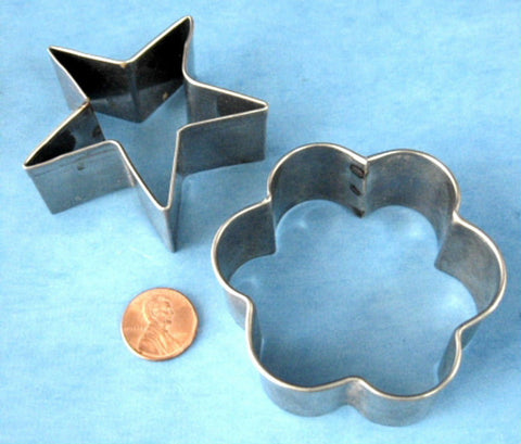 Tin Cookie Cutters Vintage Tin Set of 2 Flower And Star Retro 1950s Holiday Christmas Tea Party