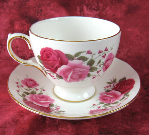 Queen Anne English Bone China Red And Pink Roses Cup And Saucer 1950s