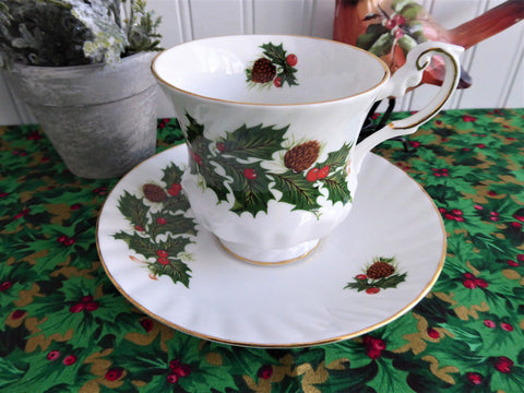 Christmas Yuletide Cup And Saucer Rosina Pine Holly Berries 1960s