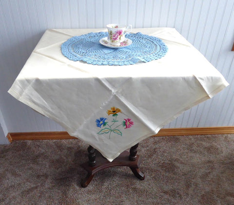 Flower Embroidered Tablecloth 32 Inches Square 1960s Tea Cloth Bridge Cloth Card Table