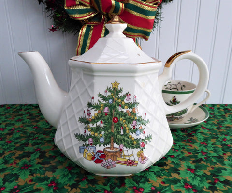 Teapot Christmas Tree Large Tea Pot Holiday Tea Party 1970s Holiday Tea