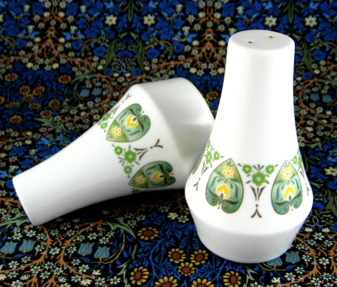 Noritake Progression Palos Verde Salt And Pepper Stylized Leaf Green 1970s