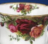 Old Country Roses Royal Albert Cup And Saucer English Made 1974-1992 Brush Gold