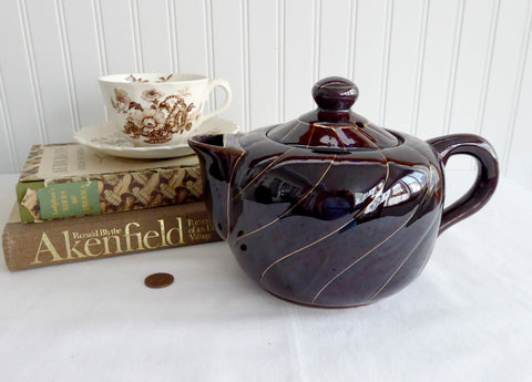Teapot Brown Betty Treacle Brown 1970s Fred Roberts San Francisco Gold Swirl
