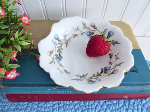 Royal Albert Brigadoon Shell Shape Dish Thistles Bowl 1970s Bone China