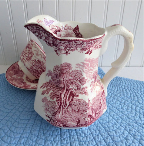Pitcher Pink Red Transferware Wedgwood Woodland Jug 1965-1980 Farm Country Scenes