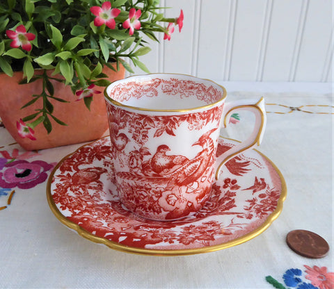 Red Aves Cup And Saucer Royal Crown Derby 1978 Birds Demitasse Charming Red White