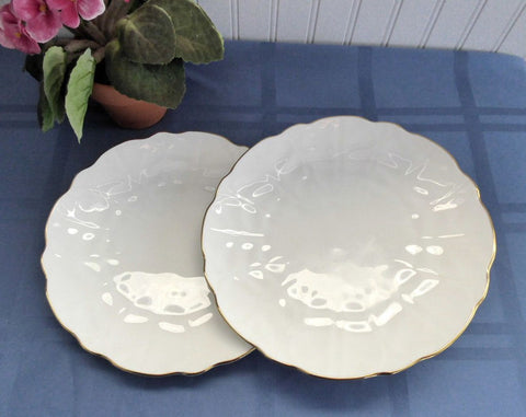 Aynsley Golden Crocus 2 Salad Lunch Plates Petal Molded White And Gold 1980s England