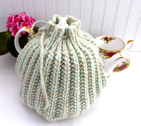 Heathered Green English Tea Cozy 1950s Retro Cream Green Tan Cosy Large Knitted