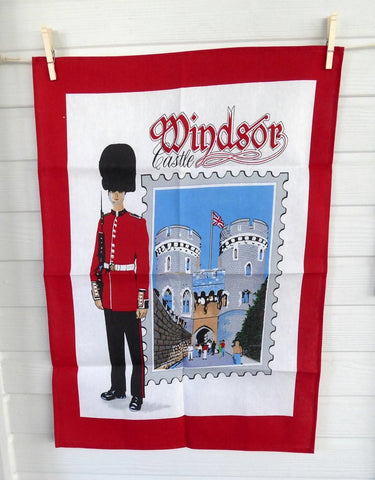 Windsor Castle Tea Towel Guardsman England Souvenir 1980s Dish Towel