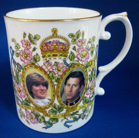 Mug Royal Wedding Charles Diana English Bone China Pretty 1981 Caverswall