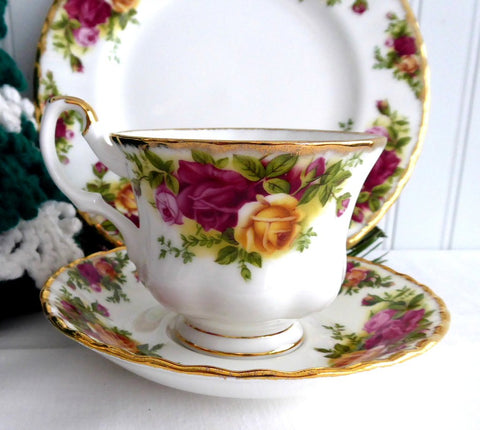 Tea Cup Trio Royal Albert Old Country Roses 1990s Brush Gold Teacup 8 Inch Plate