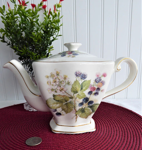 Teapot Royal Patrician Fruit Festival English Large Square Blackberries Raspberries