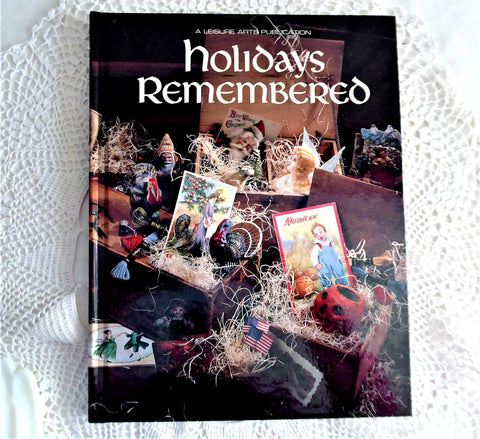 Holidays Remembered Cross Stitch Book 1993 Leisure Arts Halloween Thanksgiving Valentine