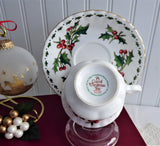 A Cup Of Christmas Tea Teacup Book Companion Holly Classic Holiday Bone China