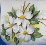 Mug Royal Albert White Dogwood Vintage Bone China 1960s Brushed Gold Trim - Antiques And Teacups - 3