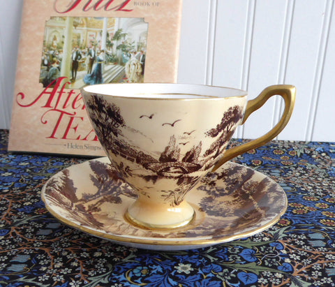 Peach Toile Landscape Cup And Saucer Taylor And Kent England 1930s - Antiques And Teacups - 1
