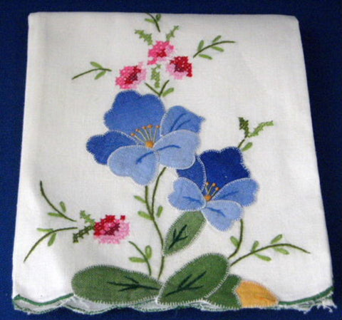 Hand Towel Embroidered Appliqued Flowers Cross Stitch 1970s - Antiques And Teacups - 1