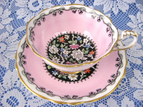 Cup And Saucer Paragon Queen Elizabeth II Wedding 1939 Indian Tree Pink - Antiques And Teacups - 1