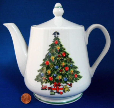 Teapot Christmas Tree Large Porcelain Tea Pot Holiday Tea Party 1970s Holiday Tea
