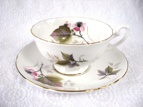 Shelley Bramble Cup And Saucer Briar Rose Lincoln 1963-1966 Pink Lavender Grey - Antiques And Teacups - 1