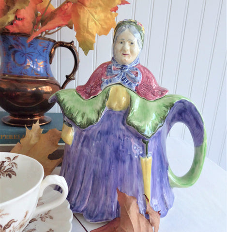 Little Old Lady Teapot English Figural Old Grandmother In Cape 1940s Large 32 Ounce